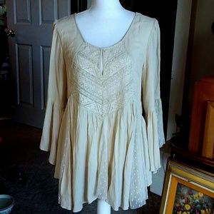 FREE PEOPLE SWEET ESCAPES lace bell sleeve tunic